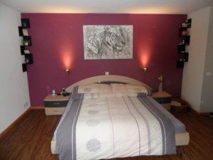 Schlafzimmer Renovation, 1 Wand Akzent gesetzt, Bild kommt besser zur Geltung